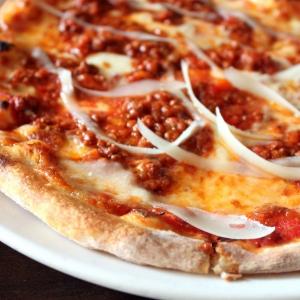 pizza-bolognese